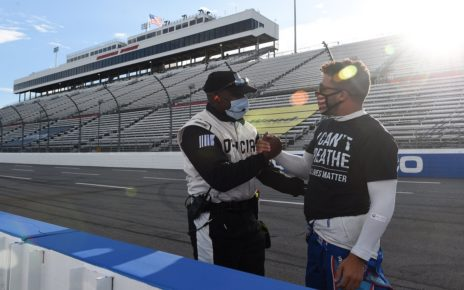 Noose found in stall of Nascar Racer Bubba Wallace