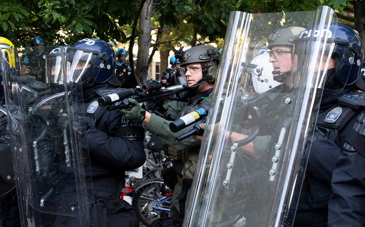 Police Using Rubber Bullets On Protesters That Can Kill
