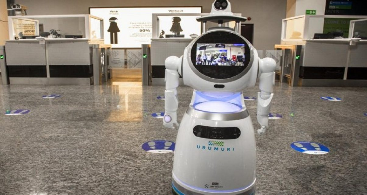 Robots use in Rwanda to fight against COVID-19