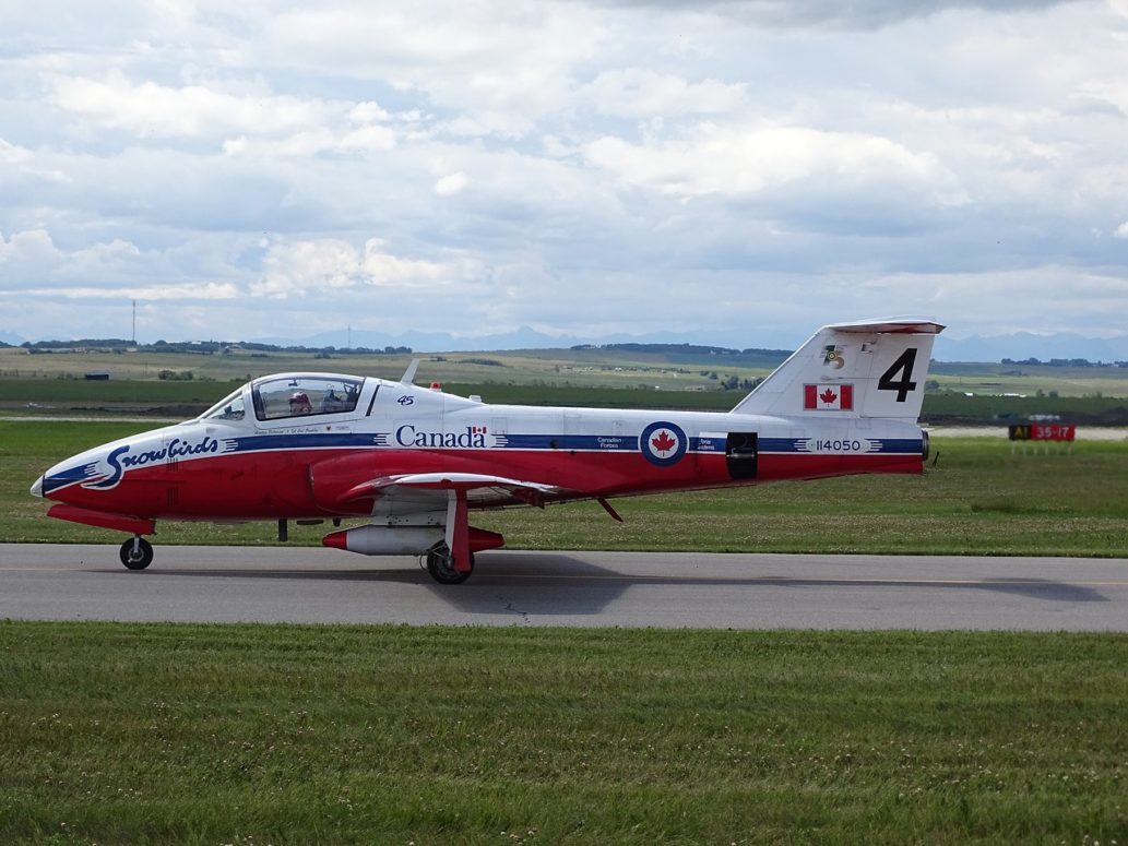 CT-114 Snowbirds all clear for take off