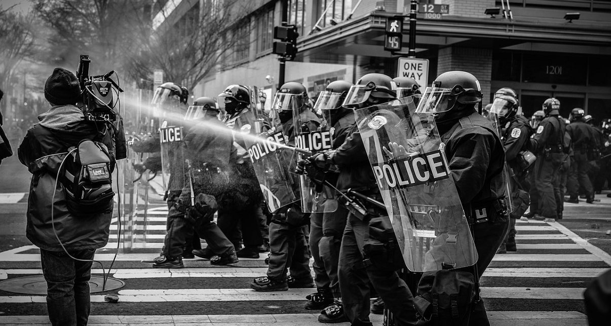 US: 14 Recommendations for Fundamental Police Reform