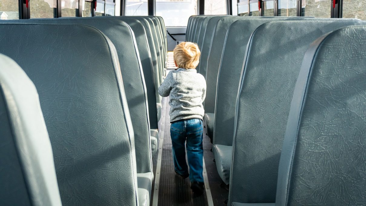 Canadian Government to roll out school bus seat-belt pilot in January 2021, starting in British Columbia