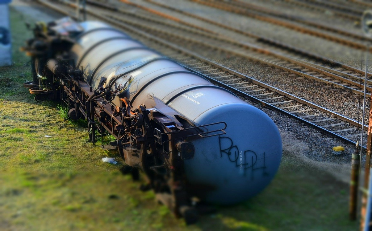 Transport Minister Marc Garneau announces $25M to upgrade rail safety