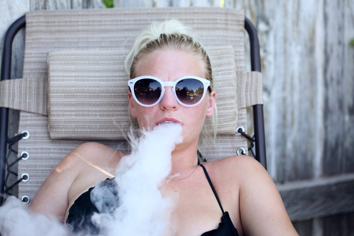 """""""We Vape, We Vote"""" Trump support, up in smoke with Vaping community"""