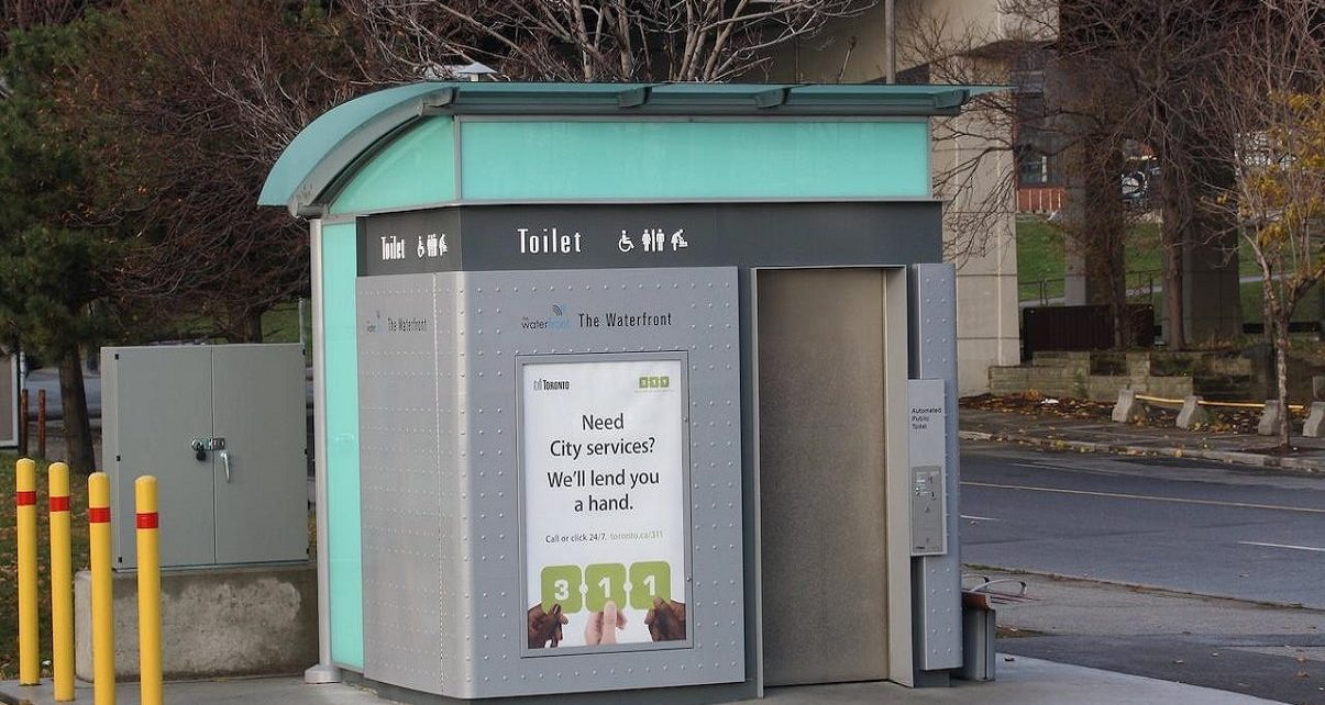 Toronto Expands Outdoor Washrooms in Response to COVID-19