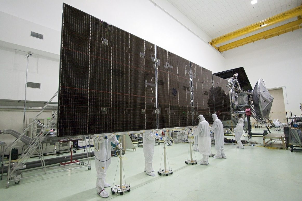UK Government Commissions Space Solar Power Station Research