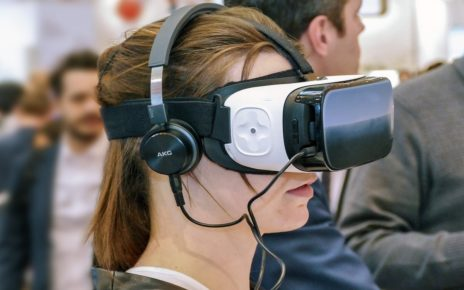 Pandemic Pushes Augmented Reality Revenues To $12 Billion In 2025