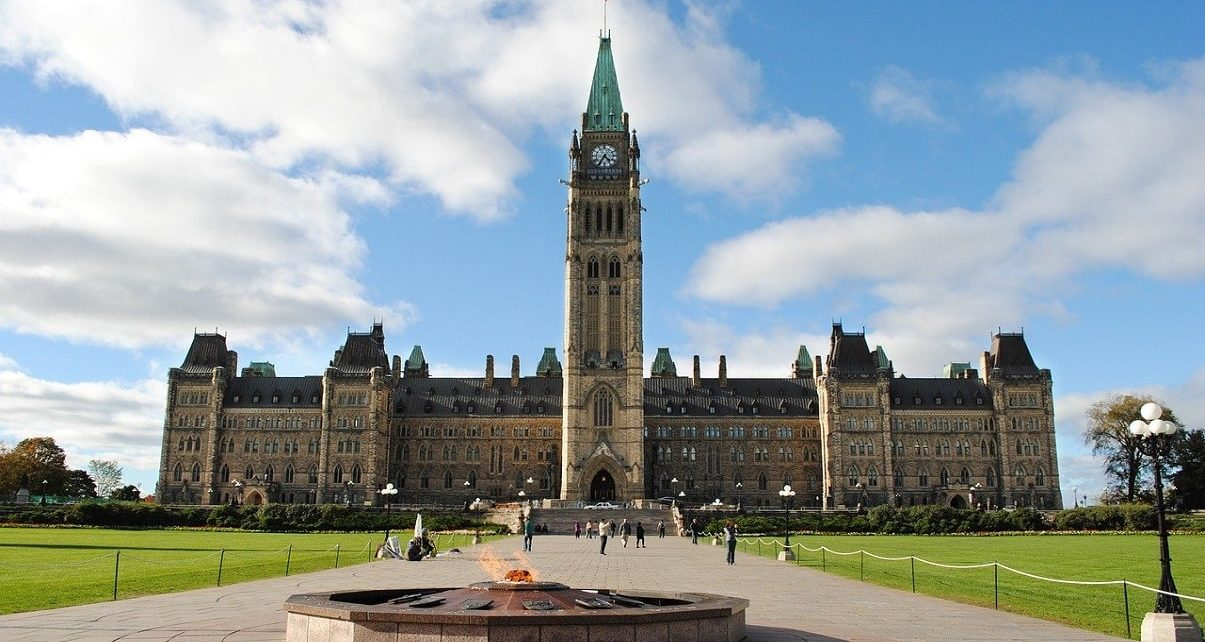 Canadian Government Makes Environment Protection Top Priority