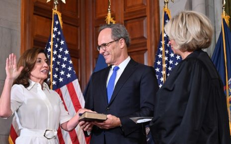 Kathy Hochul Sworn In A The 57th Governor Of New York State